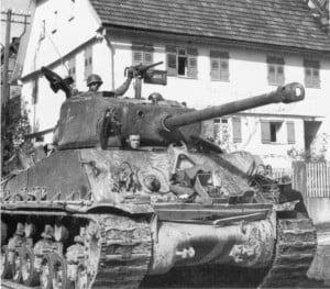 """El tanque Sherman de Lee, """"Besotten Jenny"""". Después de la batalla"""