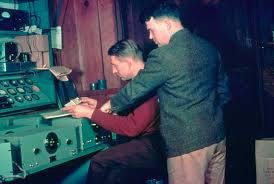 David Packard y William Hewlett en 1939.