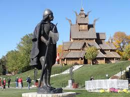 Monumento a Leif Ericson en Minot, Dakota del Norte.
