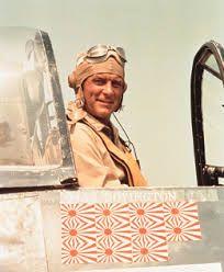 Robert Conrad como Pappy Boyington
