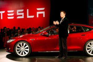 Elon Musk presenta el Modelo 3