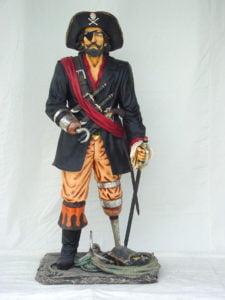 Pirata con pata de palo