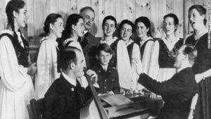 Los von Trapp ensayando en 1946.