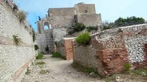 Ruinas del palacio de Tiberio en Capri